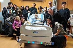 MG Autry with members of his family and some friends who stopped by his hospital room to visit.