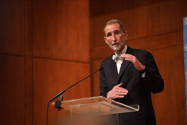 Dr. Bill Roper delivers Berryhill Lecture