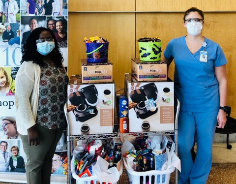 Oncology team donates to MICU and 6 Bedtower staff